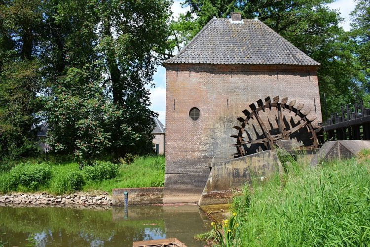 watermolen bij kasteel Hackfort Achterhoek