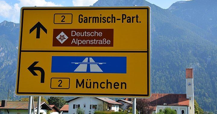 Deutsche Alpenstrasse routebord