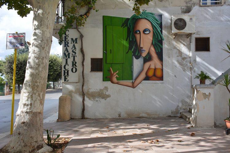 Street Art in Grottaglie roadtrip Italië