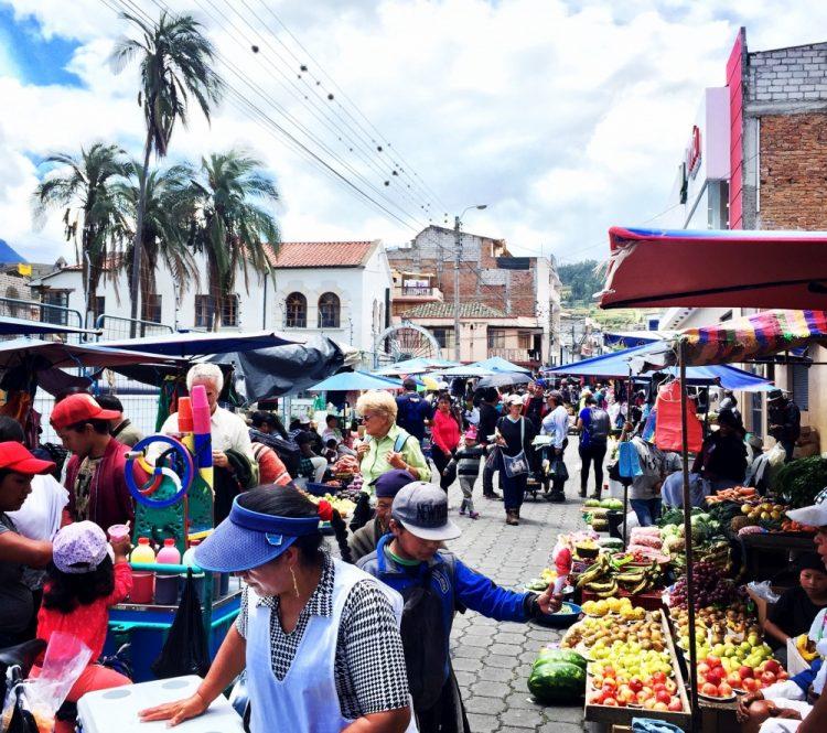 Martkt Otavalo Latijns-Amerika