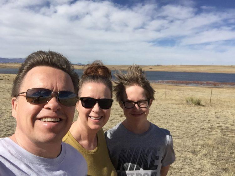 Lilian Met man en zoon Bluestem Prairie Open Space Amerika