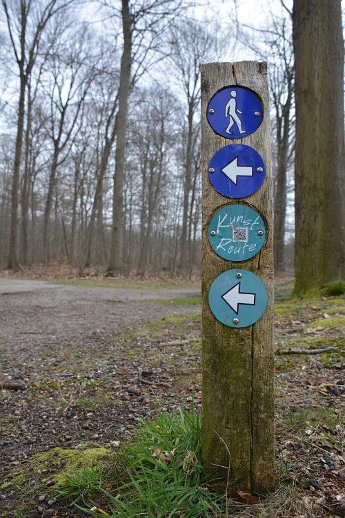 wandelpaaltje kunstroute Boswachterij Dorst