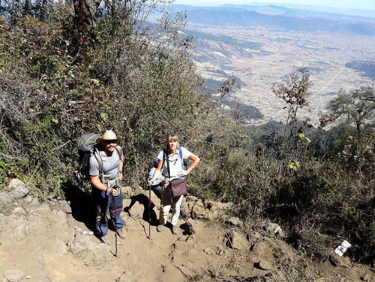 Wandelen met Nordic Walking stokken in Guatemala