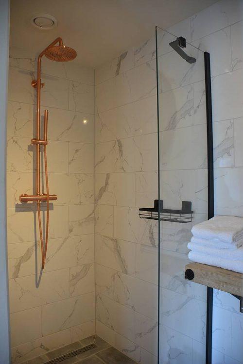 interieur Tuinsuite Deluxe Op Oost regendouche
