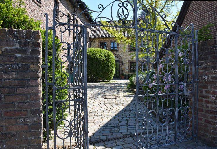 doorkijkje huis in Orbach