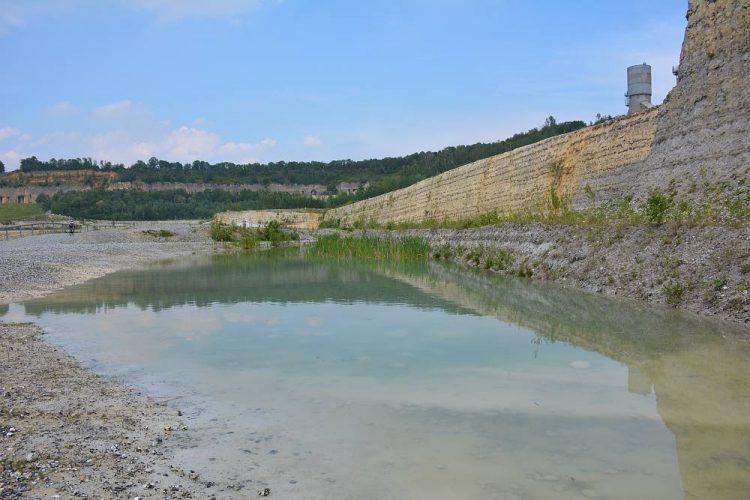 het ENCI meer in de ENCI groeve