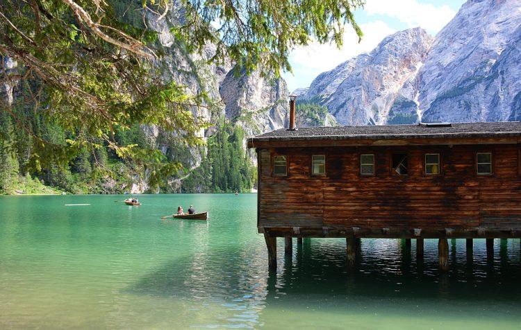 roeien Lago di Braies Dolomieten