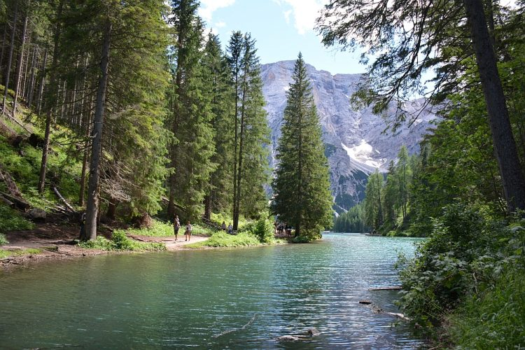 wandelen in de Dolomieten Lago di Braies