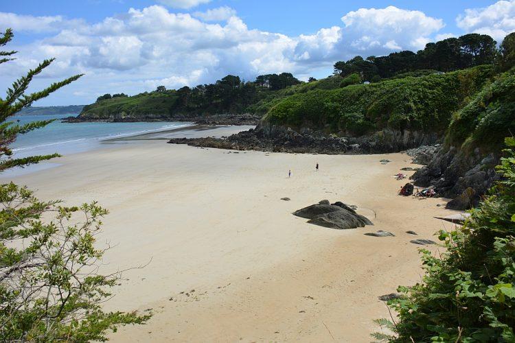 strand bij Plestin Les Gréves Bretagne